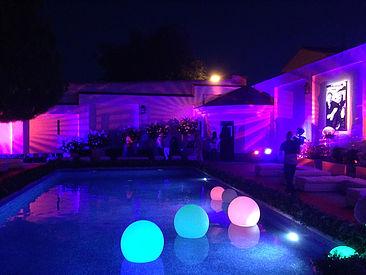 mobiliario-retroiluminado-05-piscina